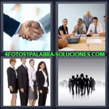 4 Fotos 1 Palabra - trabajadores manos Dos ejecutivos dándose la mano Sala de reunión o de juntas |